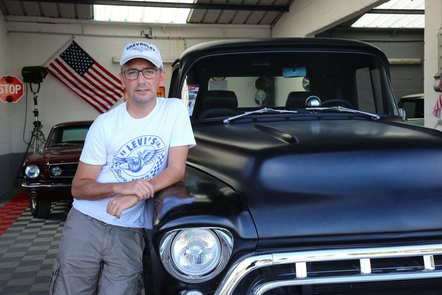 Joe - votre interlocuteur en France pour l'achat de voiture américaine de collection