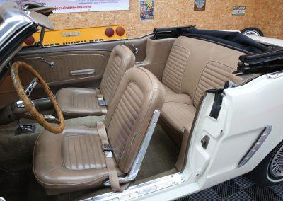 vendeur voiture americaine region centre - france - import direct des usa de ford mustang de collection
