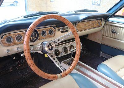 importateur de voiture de collection américaine - ford mustang coupe moteur v8 boite auto