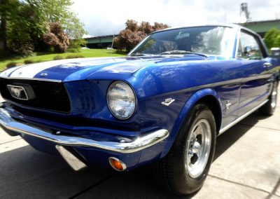 showroom de voiture de collection mises en vente - importation direct des usa - ford mustang moteur v8